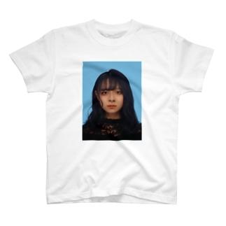 倉持リネンの物販の証明写真2021 T-shirts