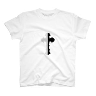 LOUZAのcross T-Shirt