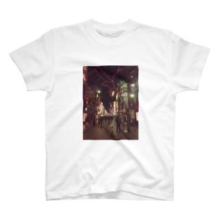 RAIMOON  中華街の素敵な一枚 T-shirts