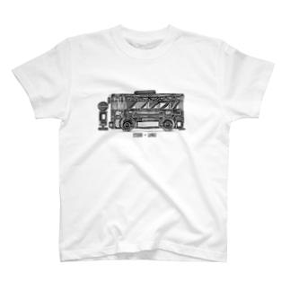 車のイラスト バス T-shirts