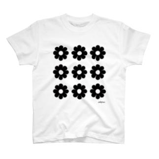 白黒のお花たち T-shirts