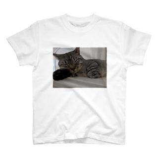 おやすみ殿ちゃん T-shirts