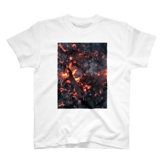 もえる服(縦) T-shirts