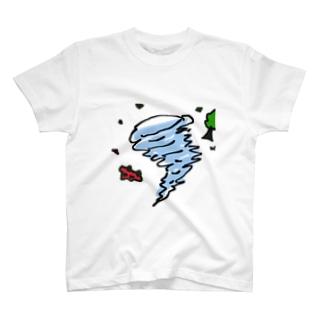 竜巻 T-shirts
