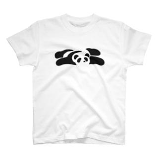 パンダ(うつぶせ) T-shirts