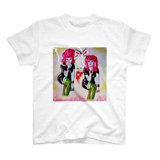 亡国の姉妹 T-shirts