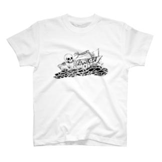 ガット船長 T-shirts