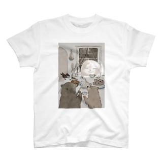 お月さまとお茶 T-shirts
