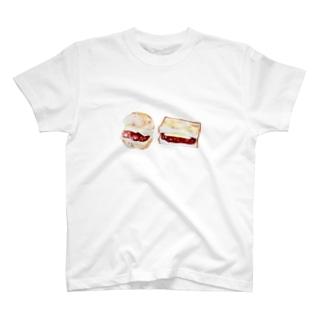 パン あんバターサンド T-shirts
