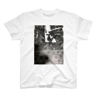 tcecceout@ナビ T-shirts