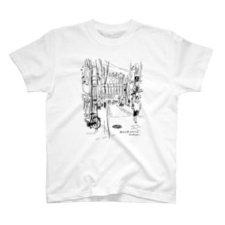 新大久保路地 T-shirts
