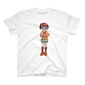 オレンジ色の似合う女の子 T-shirts