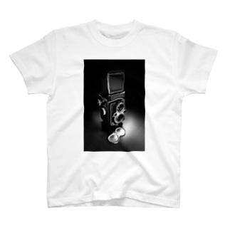 二眼レフカメラ T-shirts