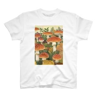 キノコの季節 T-shirts