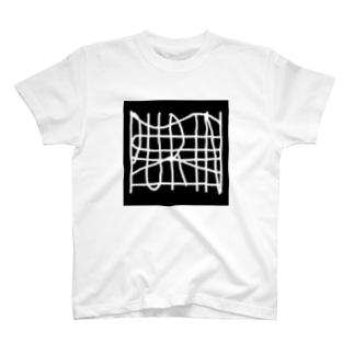 PURIN  SUKI   T-shirts