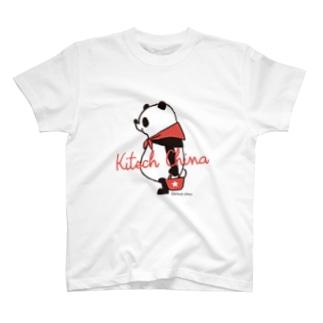 赤スカーフパンダ T-shirts