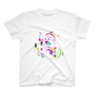 3さいのおんなのこ画伯 T-shirts