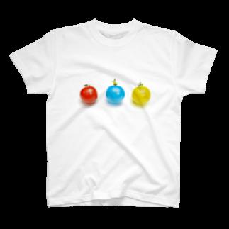 スイレの赤トマト青トマト黄トマト T-shirts
