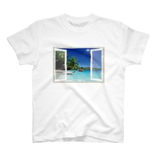 どこでも窓 南の島編 T-shirts