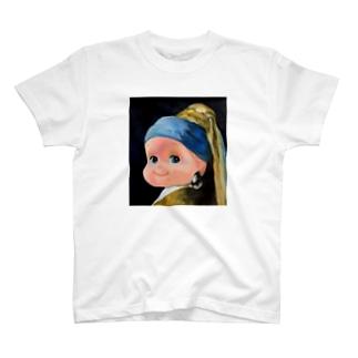 イヤリングベイビー T-Shirt