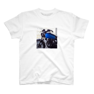 青いグラストラッカー T-shirts