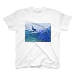 水族館のペンギン4 T-shirts