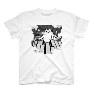街を破壊するねこTシャツ(モノクロ) T-shirts