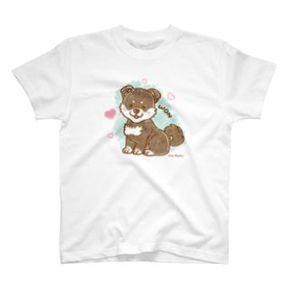 柴犬くんA(みやかわさとこ) T-shirts