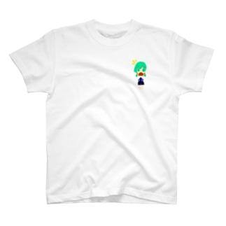 女子バスケ部の女の子 T-shirts