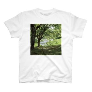癒しの風景(樹木) T-shirts