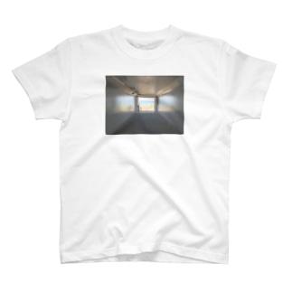 癒しの風景(海への入口) T-Shirt