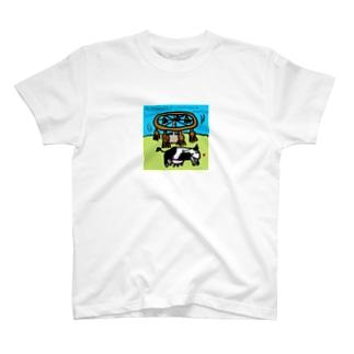 牛背中かき器 T-shirts