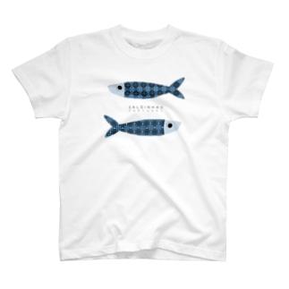 イワシのぬいぐるみ T-shirts