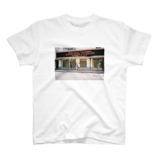 。 T-shirts