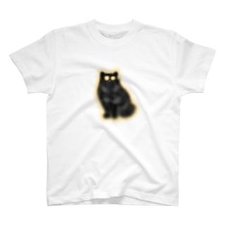 目以外も光る猫 T-shirts