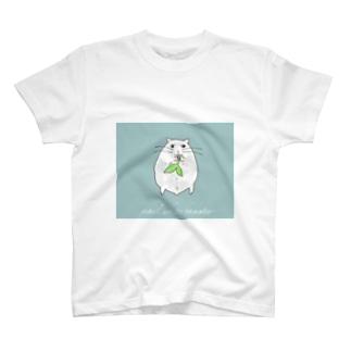 パールホワイトハムスター (ブルー) T-shirts