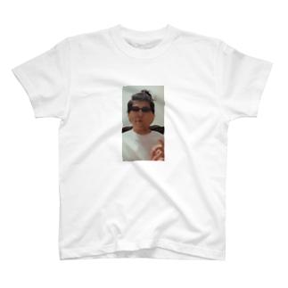 インクレディブルのパチモン T-shirts