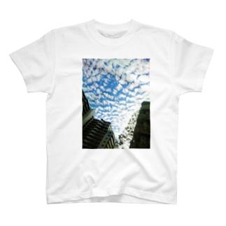 ひつじ雲 T-shirts