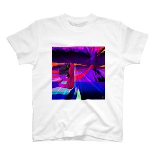 富士山大噴火 T-shirts