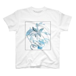 涼しげな何か T-shirts