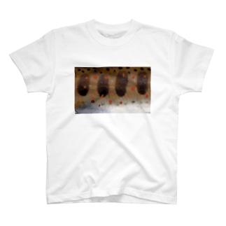 ヤマメ または アマゴ T-Shirt