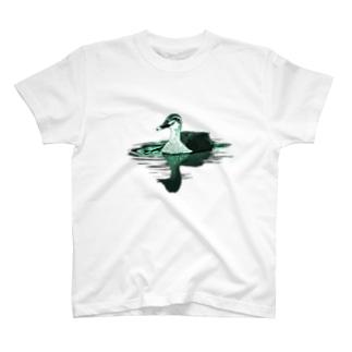 アキヅキのカルガモ(グリーン) T-Shirt
