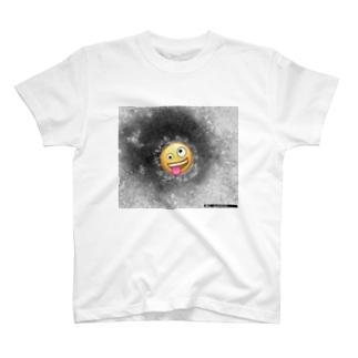 COVID-19 Emojl T-shirts
