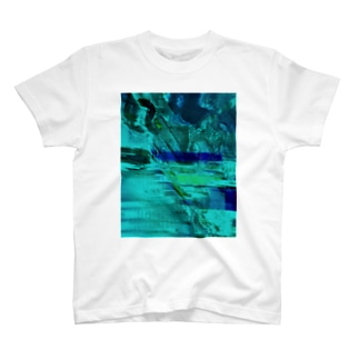 海の中を彷徨う T-shirts