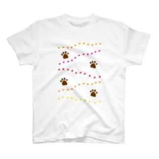 足あと T-shirts