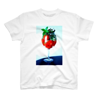 トマトのカクテル T-shirts