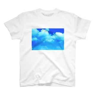 夏の雲 T-shirts