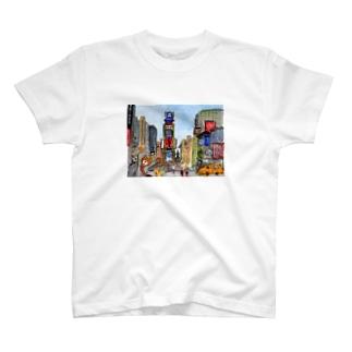 三角耳のクマのクマエル T-shirts