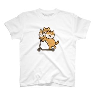 しばベロス(キックボード) T-shirts