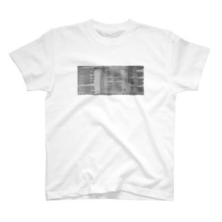 コンクリートの表面 T-shirts